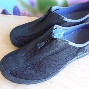 Merrell sport shoes